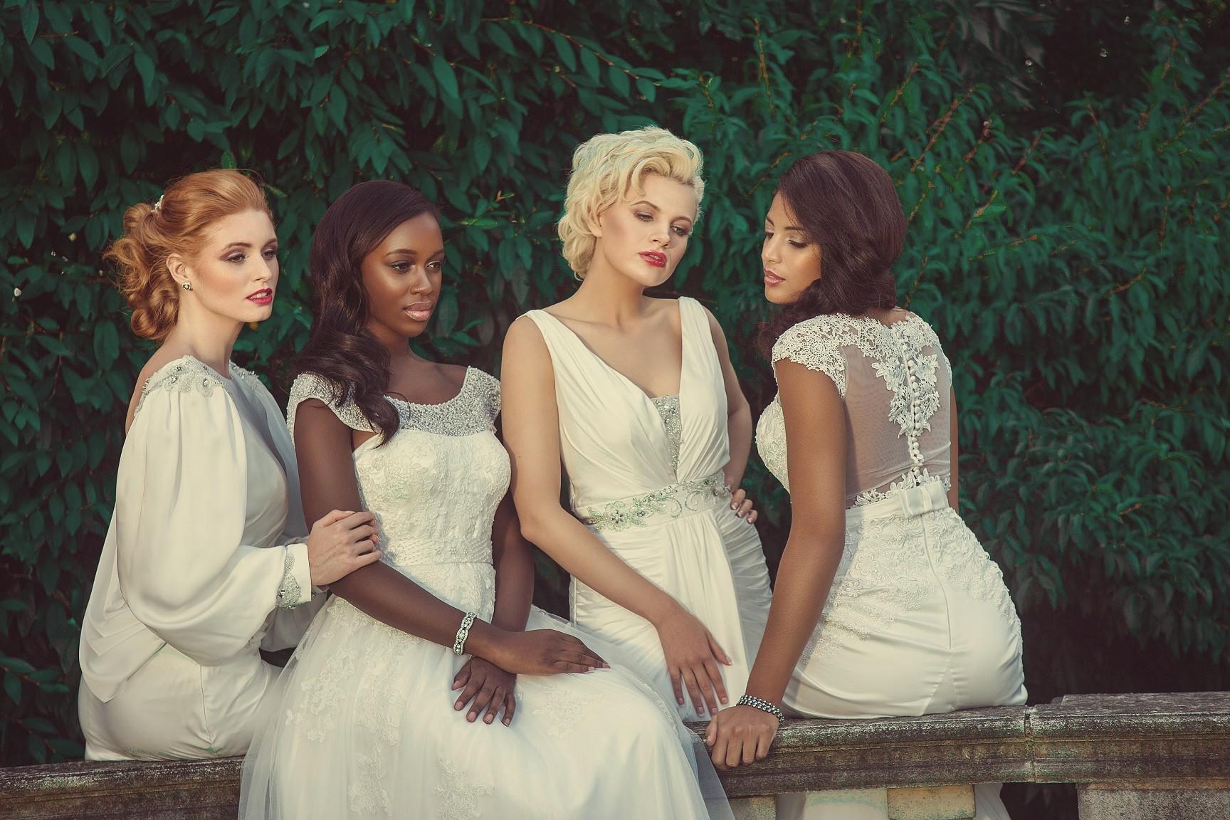 Estilo moda bridal affordable luxury designer wedding dresses estilo moda bridal affordable luxury designer wedding dresses milton keynes london stunning lace satin designs ombrellifo Images