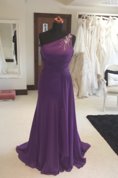 Stunning purple one shoulder prom dress milton keynes