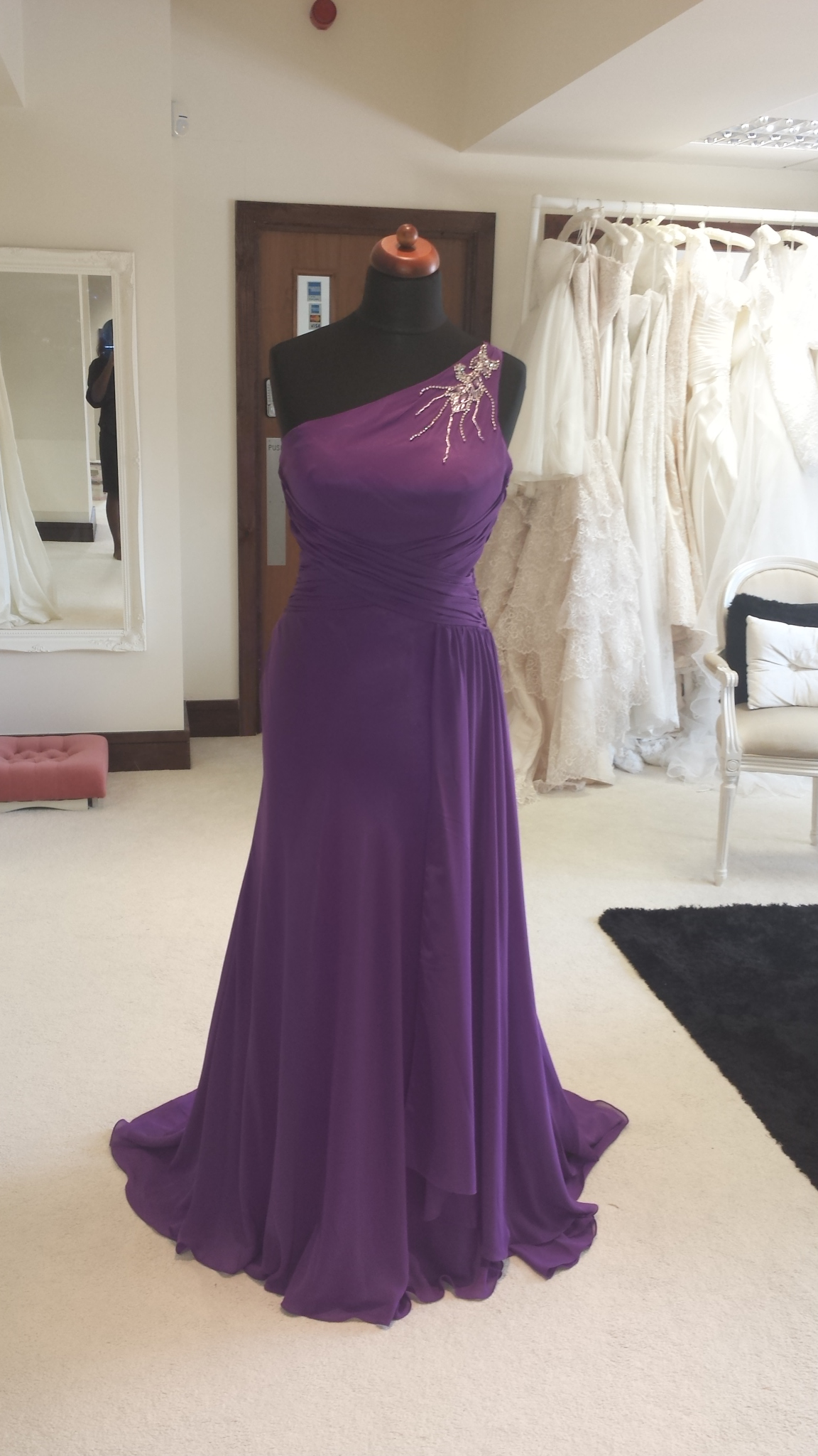Stunning purple one shoulder prom dress milton keynes