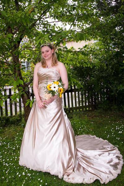 champagne wedding dresses, wedding dress designer in london, wedding dresses milton keynes, bridesmaids dress designer