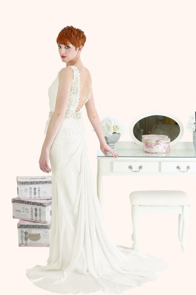 Bateau neckline guipure lace wedding dress - Estilo Moda Wedding Dresses Milton Keynes