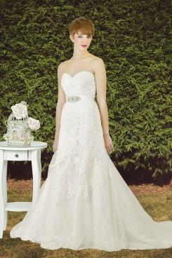 Estilo Moda Bridal – Bespoke Wedding Dress Designer – Katie Strapless lace fit and flare mermaid wedding dress