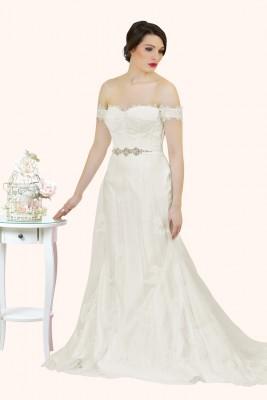 Wedding Dress Sample Sale Estilo Moda Bridal Milton Keynes Olivia Bustier Bodice and Mermaid Skirt lace wedding dress
