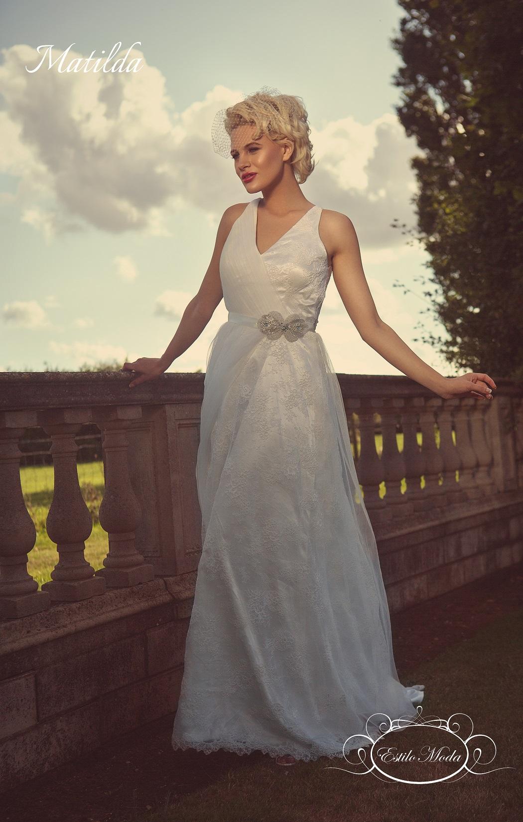 Matilda - Sensual Lace V Neck Wedding Dress